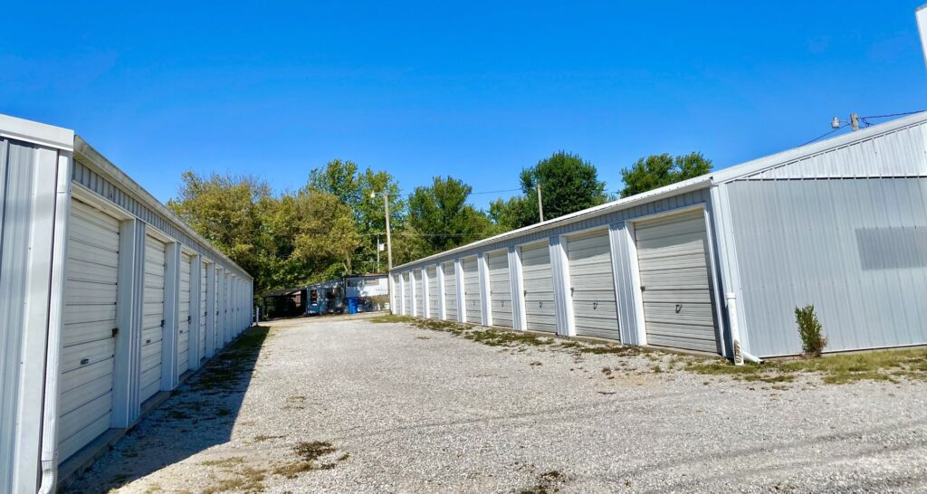 A-1608-South-11th-Street-Exterior-Drive-Up-units_p