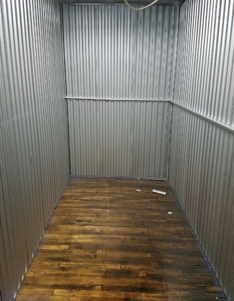 plymouth-unit-interior-001